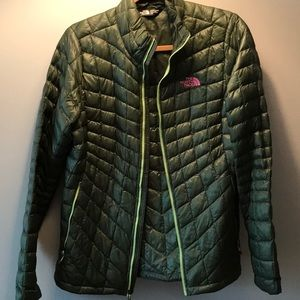 North Face The Stow Quilted Down Jacket